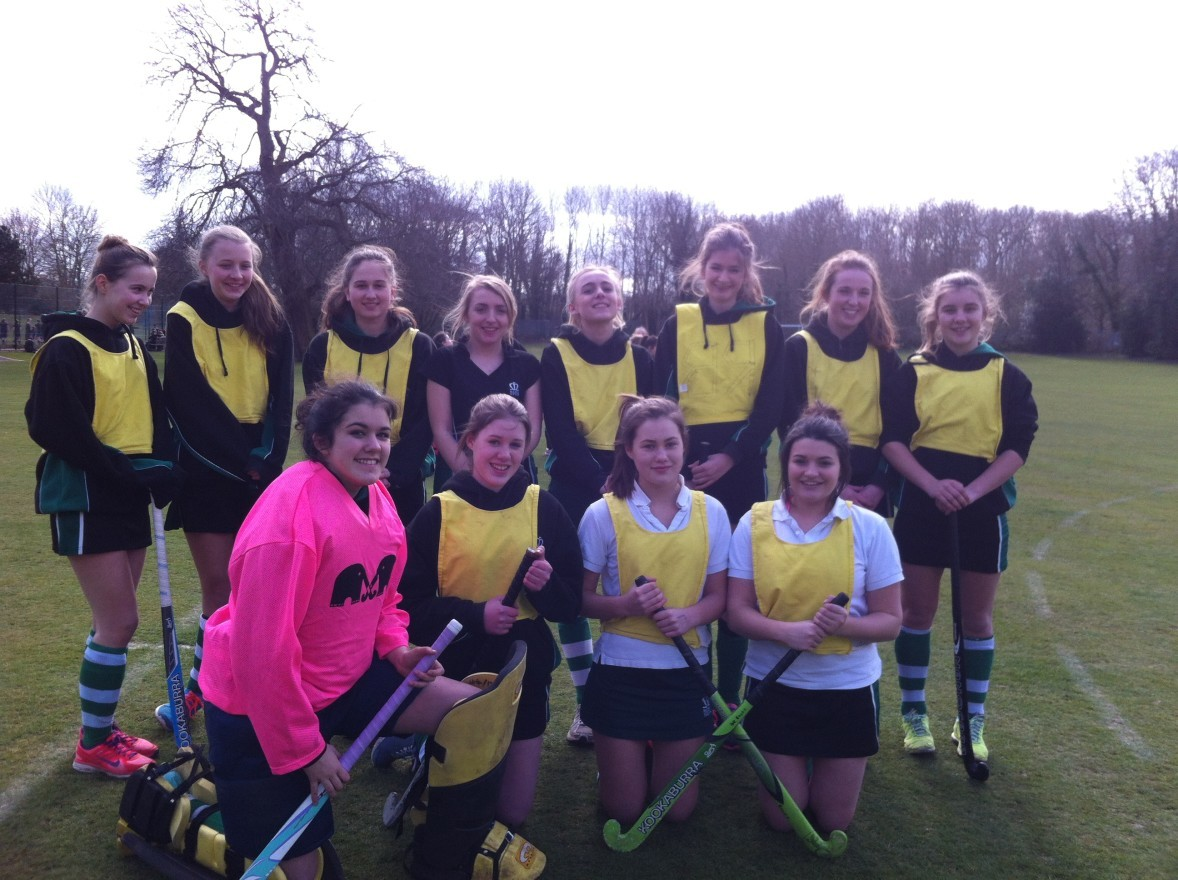Sport - Interhouse hockey team 2 of 3