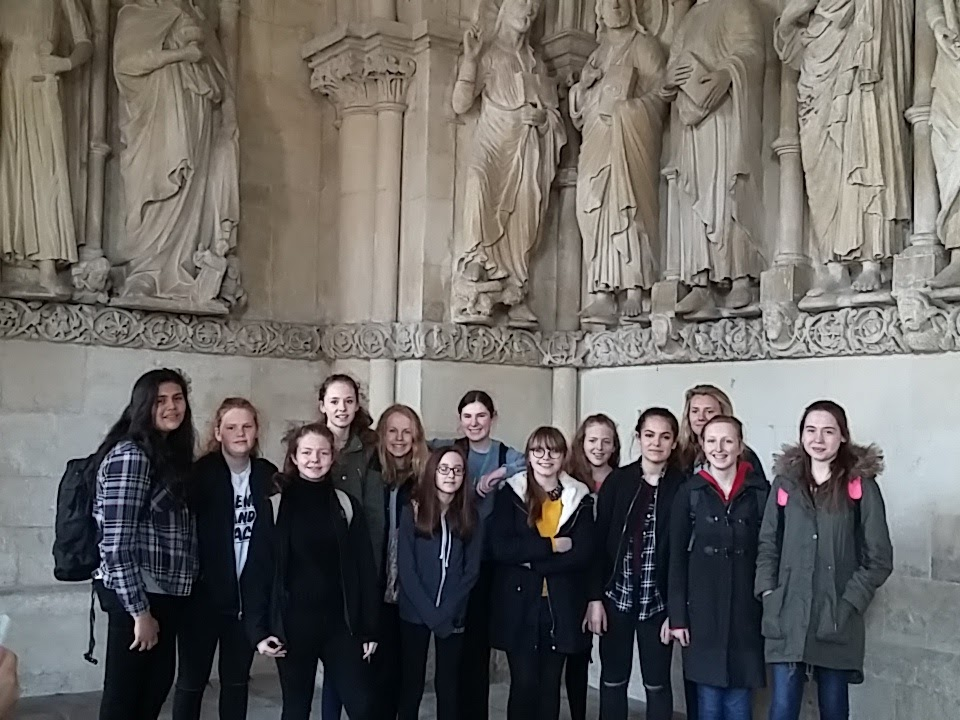 MHS group inside Münster Dom